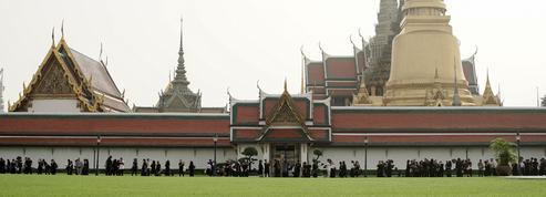 En Thaïlande, à l'heure du deuil