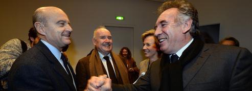 L'offensive des sarkozystes contre l'axe Juppé-Bayrou