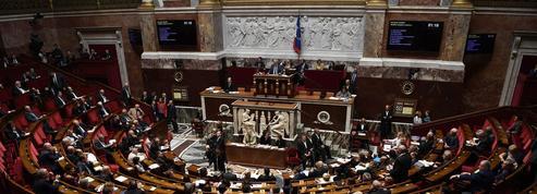 Carte d'identité, déclaration de naissance...210 mesures pour faire gagner du temps aux Français