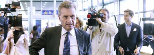 Face à la fureur de Pékin, le commissaire allemand s'excuse