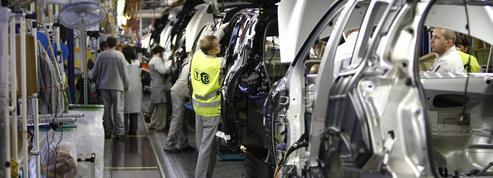 PSA: les syndicats entérinent les baisses d'effectifs