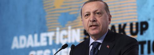 Erdogan menace l'UE de laisser passer les migrants