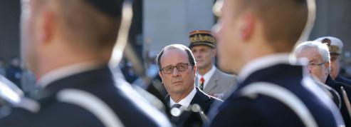 Hollande fait durer le suspense et joue avec les nerfs des socialistes