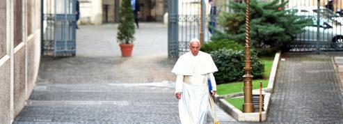 Le pape François : «Bizarrement personne ne s'insurge quand c'est le dalaï lama qui s'exprime»