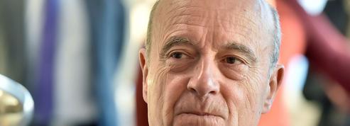 En retrait de la vie politique «pour l'instant», Juppé refuse de réagir