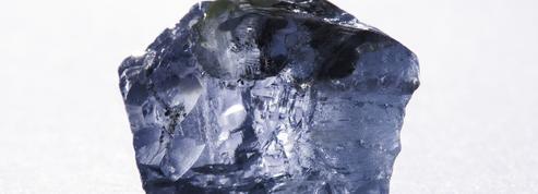 Du métal au cœur de diamants très précieux