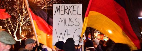 Les populistes allemands déchaînés contre Angela Merkel