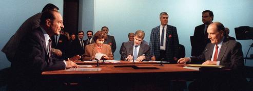 1988 : Mitterrand joue la «France unie» contre Chirac