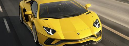 Lamborghini Aventador S Coupé, la preuve par quatre