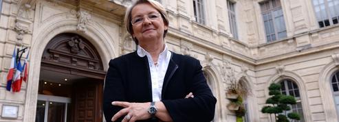 La maire de Bollène jugée pour son refus de marier un couple lesbien