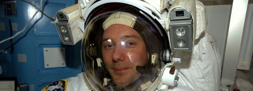 En direct : après 6h dans l'espace, Thomas Pesquet rejoint la station spatiale