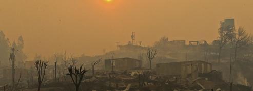 Le Chili ravagé par les pires feux de forêt de son histoire