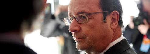 Au téléphone, Hollande met en garde Trump contre «le repli sur soi»