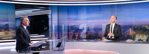 Bayrou constate «un trouble énorme chez les Français, un chaos sans précédent»