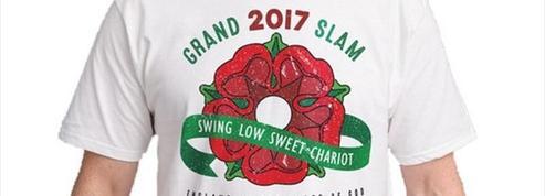 Des t-shirts célébrant le Grand Chelem de l'Angleterre en vente avant le même le Tournoi