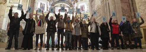 En Russie, la guerre des églises oppose religieux et laïcs