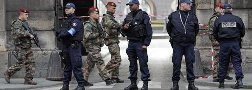 Dans quels cas policiers et militaires peuvent-ils faire usage de leurs armes ?