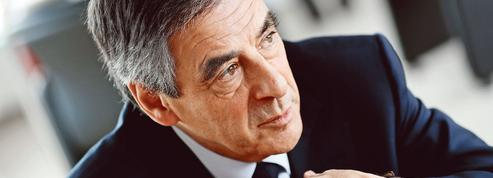 Interview au Figaro : Fillon à l'offensive contre Macron et Le Pen