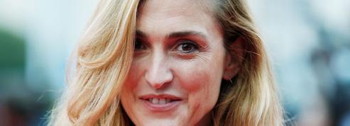 Enfin un mariage pour Julie Gayet: elle prépare Les Noces de Figaro en plein air