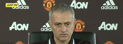 Mourinho débarque face à la presse et rend hommage à Ranieri