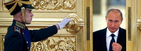 Pourquoi la Russie divise l'intelligentsia française