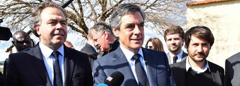 Suivez en direct le meeting de François Fillon à Nîmes