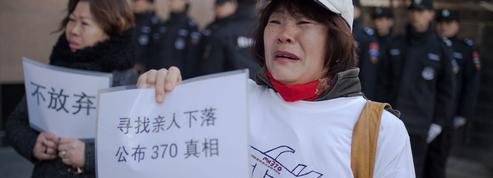 Les proches des disparus lancent une levée de fonds pour retrouver le MH370