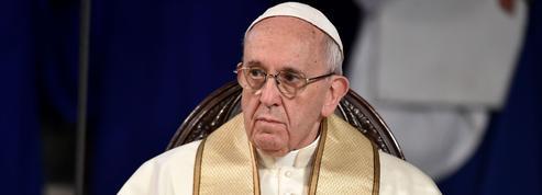 Le pape François fait avancer ses réformes en douceur