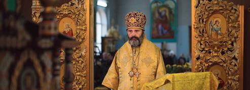 En Crimée, la guerre des églises continue