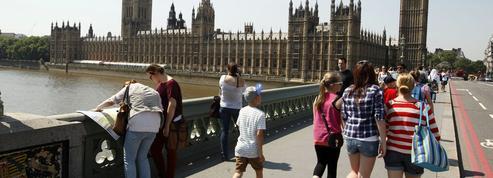 Londres: une attaque au cœur touristique de la capitale britannique