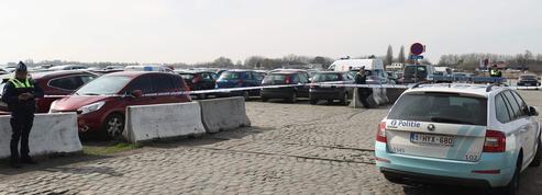 Anvers : un homme arrêté après avoir tenté de foncer dans la foule en voiture