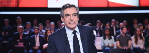 Affaires : François Fillon accuse François Hollande