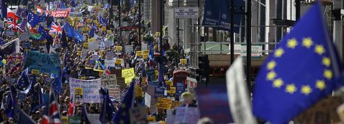 Des dizaines de milliers de manifestants à Londres contre le Brexit
