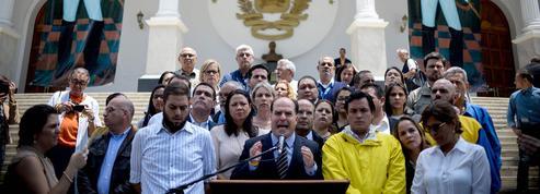 Venezuela: coup de force du pouvoir chaviste