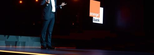 L'opérateur Orange défie les champions de la banque