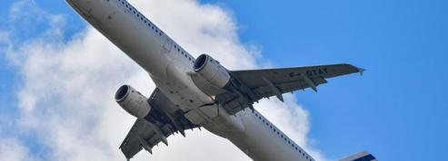 Aéroports: la ponctualité du transport aérien en France se dégrade