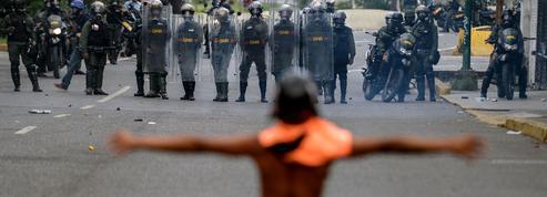 Au Venezuela, un mois de protestations et de violences