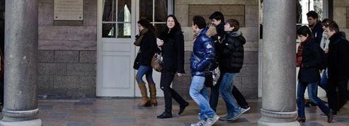 Creuse : un collège interdit shorts, robes courtes et jeans troués