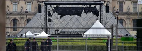 Pourquoi Emmanuel Macron a choisi le Louvre pour fêter son éventuelle victoire