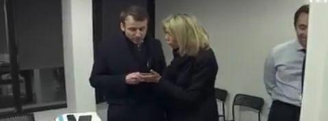 Quand Emmanuel Macron s'agace d'une défaite de l'OM en pleine campagne présidentielle
