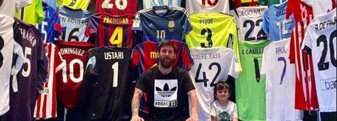 Ce que cache la photo de l'impressionnante collection de maillots de Lionel Messi