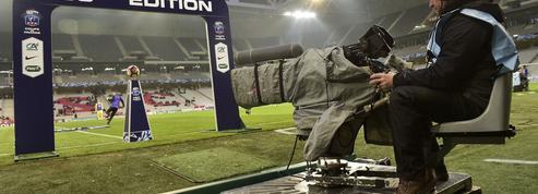 Droits TV : comment regarder le foot à la télévision et à quel prix ?