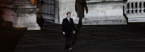 L'ombre russe sur les attaques contre Macron