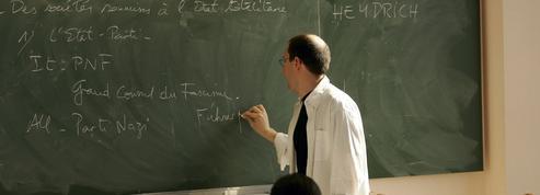Enseignement de l'histoire à l'école: Blanquer pose la question de la chronologie