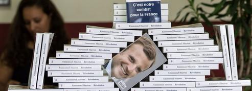 Révolution ,le livre-programme d'Emmanuel Macron, sort en poche