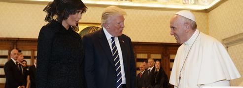 Rencontre chaleureuse entre le pape François et Donald Trump