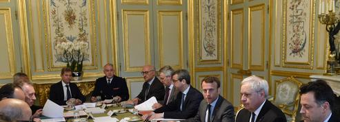 Terrorisme : Emmanuel Macron veut prolonger l'état d'urgence jusqu'en novembre