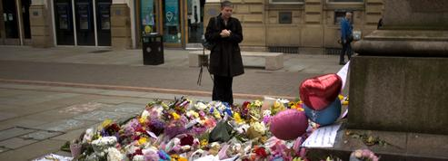 Attentat de Manchester : le désespoir poignant des proches des victimes