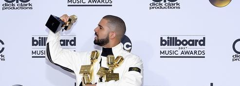 Drake bat tous les records aux Billboard Music Awards 2017