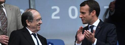 Coupe de France : Emmanuel Macron légèrement chahuté par le public
